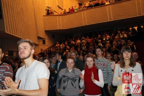 Koncert_zespolu_Zakopower_publicznosc_01