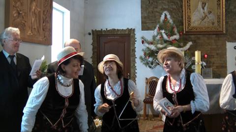 """Śpiewają """"Młode babcie""""... i dziadkowie"""