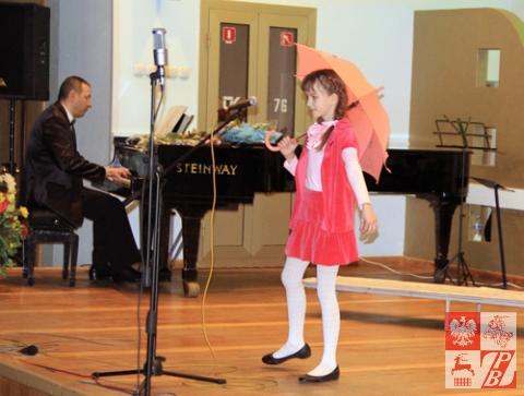 Śpiewa Maria Smykowicz