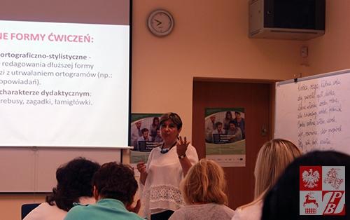 Zajęcia prowadzi dr Zofia Pomirska