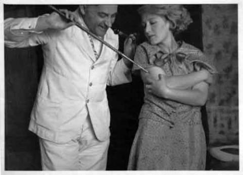 Zastrzyk-narkotyczny-Stanislaw-Ignacy-Witkiewicz-z-Janina-Bykowiakowna-1931.