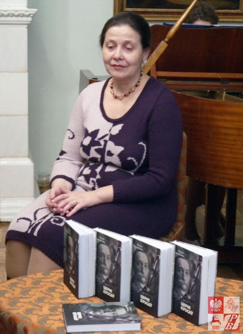 """Waleria Żdanowicz, tłumaczka """"Cierni Kresów"""" na język białoruski"""