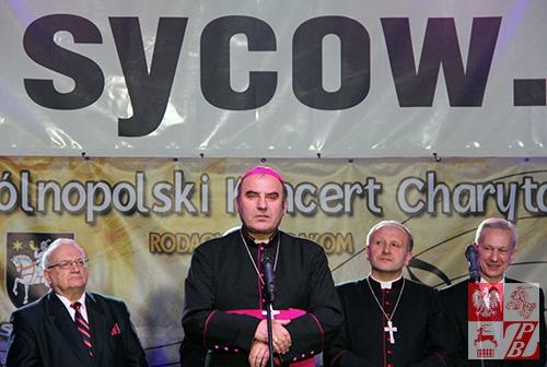 Przemawia ksiądz biskup Antoni Dziemianko