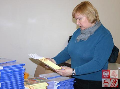 Minsk_Przekaz_ksiazek_Tatiana_Bucko