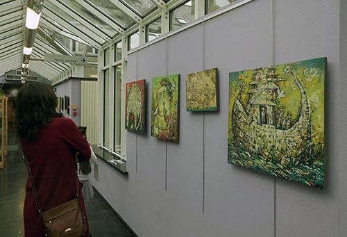 Podczas zwiedzania wystawy w Brukseli, fot.: facebook.com