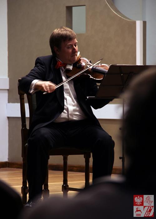 Pawel_Kukliński_skrzypce