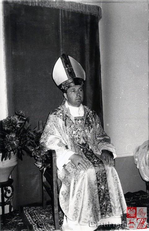 Biskup_Aleksander_Kaszkiewicz_archiwum7