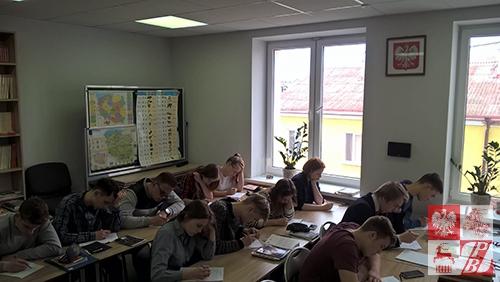 Podczas sprawdzianu w szkole społecznej