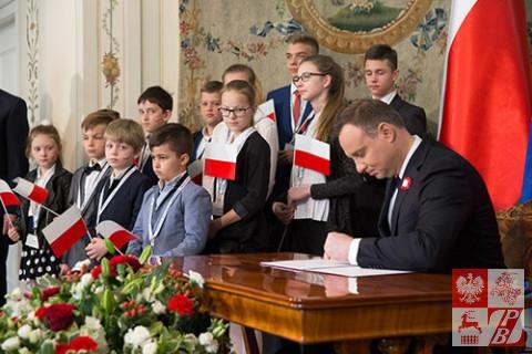 Andrzej_Duda_podpisanie_umowy_osw