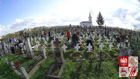 Cmentarz_bernardynski_sprzatanie2