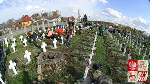 Cmentarz_bernardynski_sprzatanie9