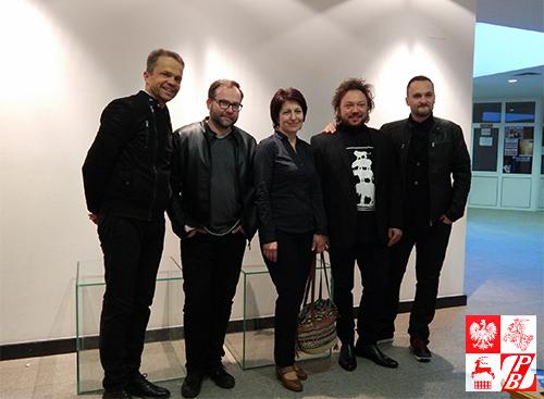 Polscy muzycy z Heleną Zdobnikową, współpracowiczką Instytutu Polskiego w Mińsku, który sprowadził gwiazdy polskiej estrady do Mińska