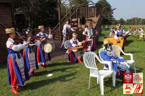 festiwal_kultury_polskiej_wolkowysk_zespol_asaloda1