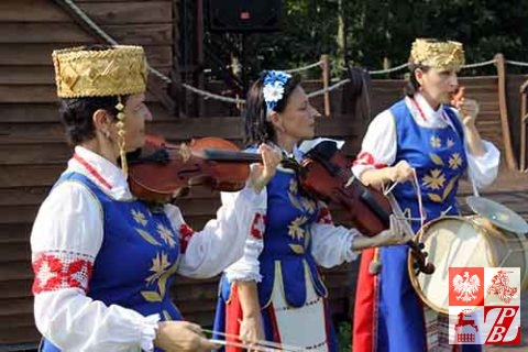 festiwal_kultury_polskiej_wolkowysk_zespol_asaloda2